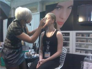 danielle doing a temptu pro airbrush demo