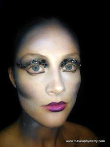 MAC Senior Artist Melissa Gibson's demo model