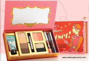 Benefit Shes so jetset makeup kit  Stocking Stuffer Idea MakeupbyMerry
